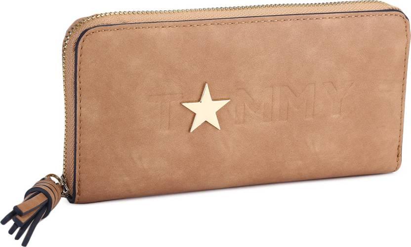 f6d530a0b5c Tommy Hilfiger Women Casual Khaki Genuine Leather Wallet (8 Card Slots)