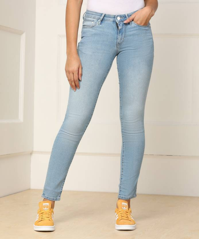 1b09c9a5 Lee Slim Women's Light Blue Jeans - Buy ICE WASH Lee Slim Women's Light  Blue Jeans Online at Best Prices in India | Flipkart.com