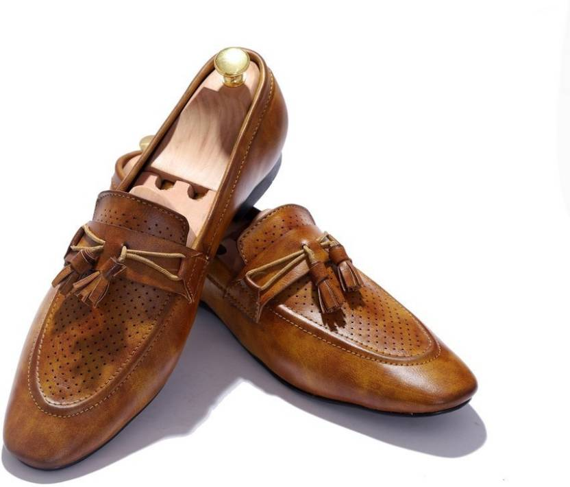 bec8315cba2 Hush Berry New Handcrafted Genuine Leather Comfortable Platform Style Loafer  Shoes Slip On For Men (Tan)