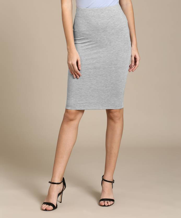 5e289333952f Forever 21 Solid Women s Straight Grey Skirt - Buy HEATHER GREY Forever 21  Solid Women s Straight Grey Skirt Online at Best Prices in India