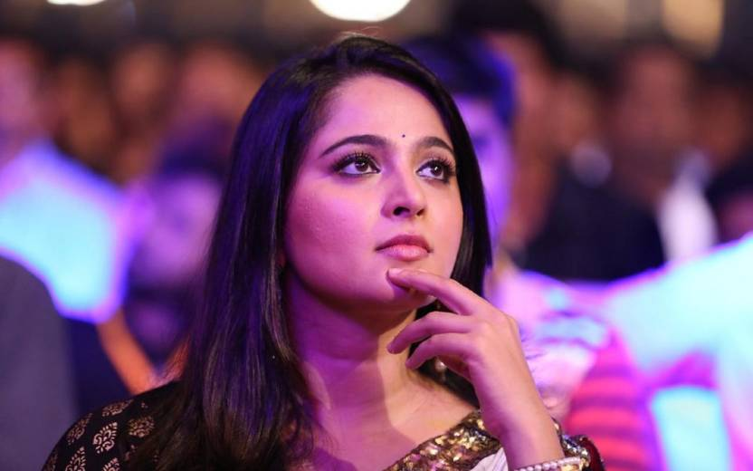 Beautiful South Indian Actress Anushka Shetty Hd Wallpaper