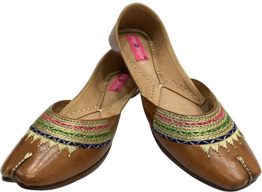 aa2e186ee Step N Style Ladies Pure Leather Rajasthani Juti Punjabi Jutti Wedding  Mojari Jutis For Women (Multicolor)
