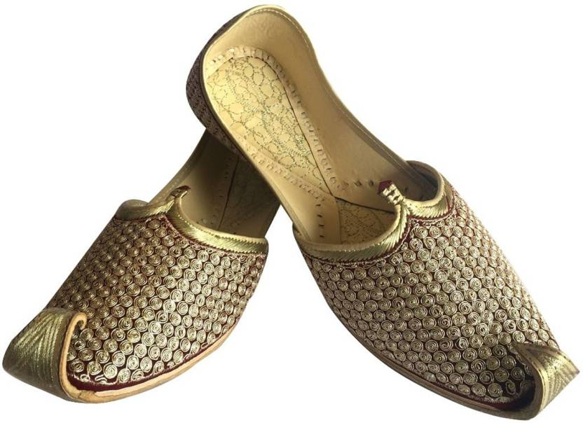 35b376364f79 Step N Style Mens Punjabi Jutti Sherwani Shoes Mehroon Golden Khussa ...