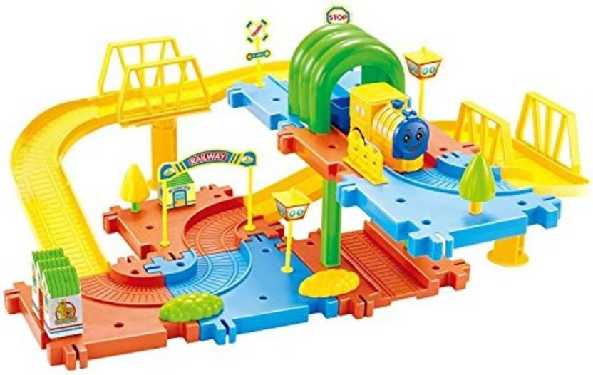 096f3dd06fc Webby Classic Toy Train Set