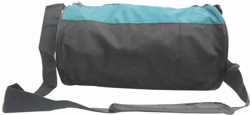 c3f90d1c9e3e 5 O Clock Sports gym bag extra small black colour GYM BAG - Buy 5 O ...