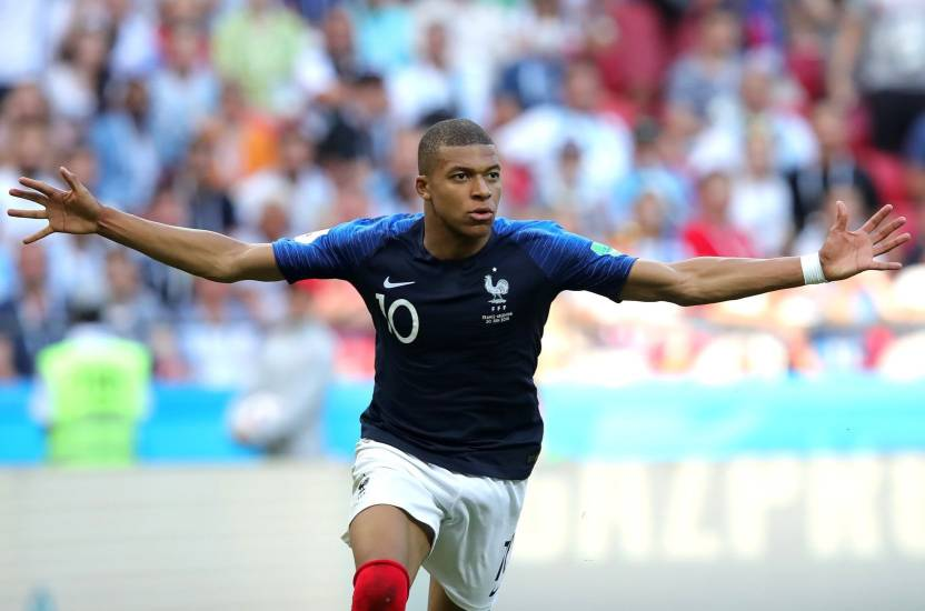 Fifa 2018 Kylian Mbappe 1 Small Poster Paper Paper Print