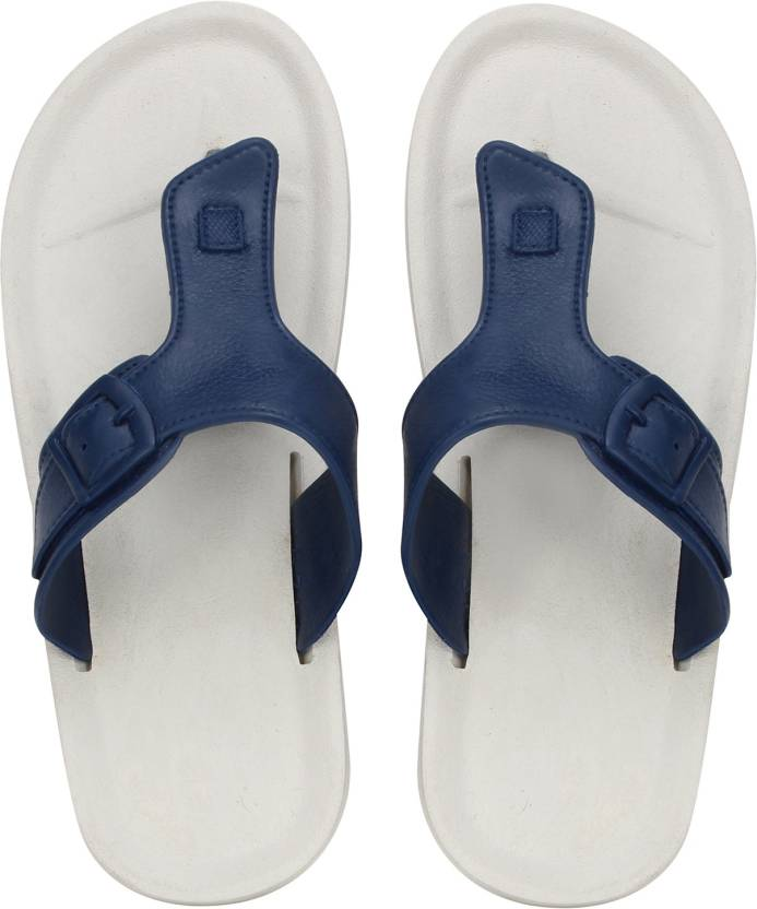 8ee6a894556800 Knight Ace Hawaii Slippers - Buy Knight Ace Hawaii Slippers Online at Best  Price - Shop Online for Footwears in India
