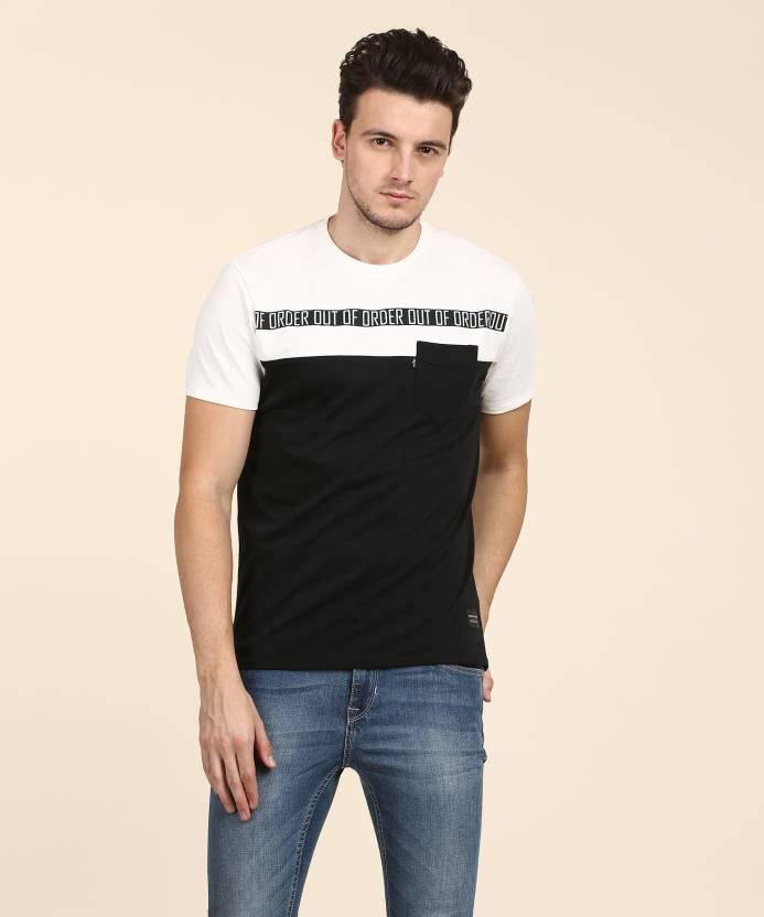4f4e9e68 Levi's Printed Men Round Neck Black, White T-Shirt - Buy Levi's Printed Men  Round Neck Black, White T-Shirt Online at Best Prices in India |  Flipkart.com