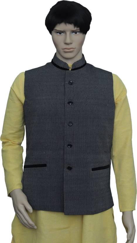 71370a18cc04 PUNEKAR COTTON KHADI Sleeveless Striped Men Jacket - Buy PUNEKAR COTTON  KHADI Sleeveless Striped Men Jacket Online at Best Prices in India