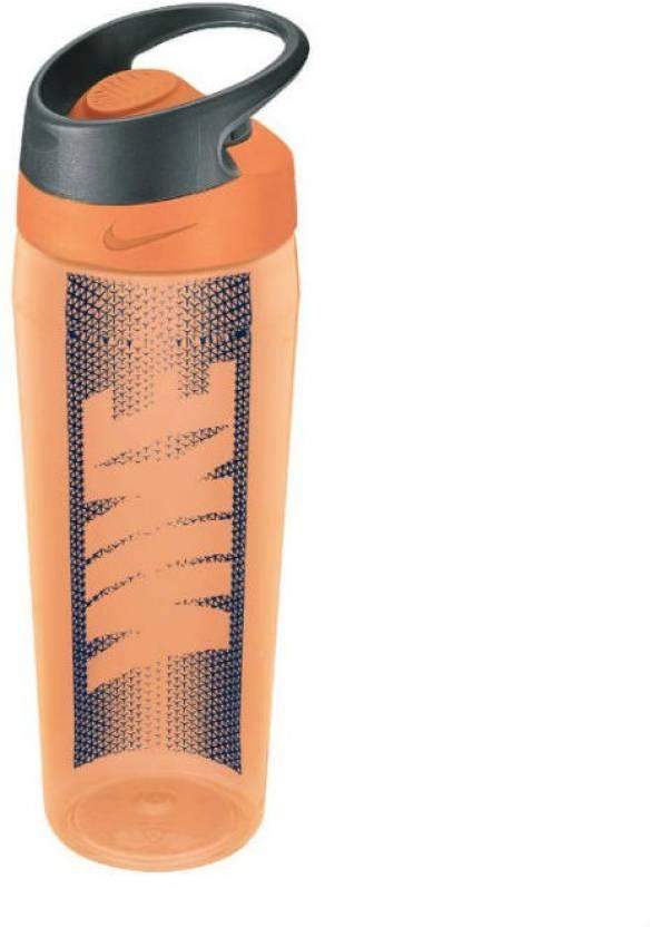 807f473bde93 Nike TR Hypercharge Rocker Bottle Graphic 700 ml Sipper - Buy Nike ...