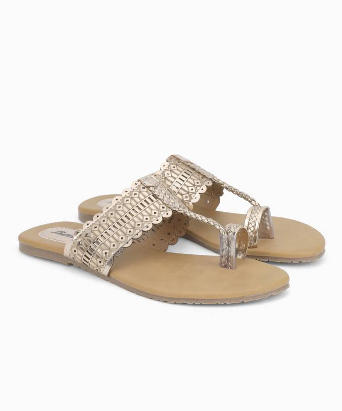 62f162caf Bata METALLIC TR Flip Flops - Buy Bata METALLIC TR Flip Flops Online at  Best Price - Shop Online for Footwears in India