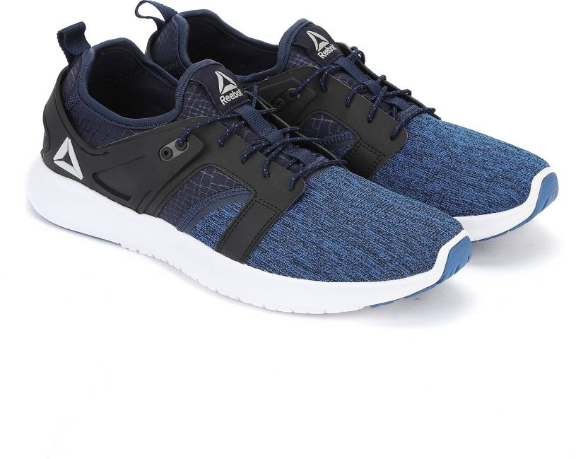 26402ae5eb0 REEBOK ASTOUND RUNNER Running Shoes For Men - Buy REEBOK ASTOUND ...