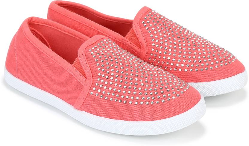 b8f493c72ca Poppers by Pantaloons Girls Slip on Sneakers Price in India - Buy ...