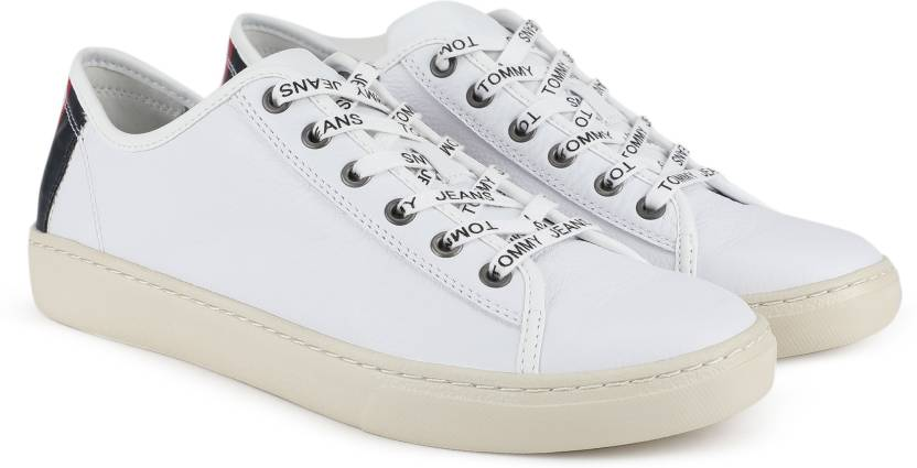 a059b493b14980 Tommy Hilfiger TOMMY JEANS LIGHT LEATHER LOW MEN Sneakers For Men (White)