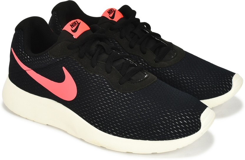 97716160e98 ... sale nike tanjun se running shoes for men 6480e 1d2fe