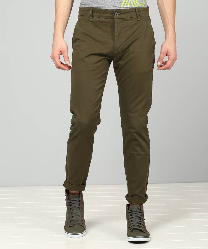 4064db515a4 Levi's Slim Fit Men's Green Trousers - Buy Green Levi's Slim Fit ...