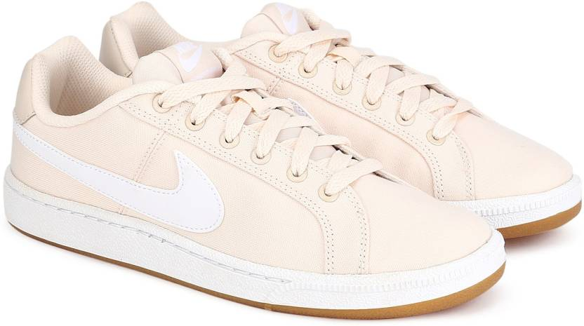 Nike WMNS NIKE COURT ROYALE SE Sneakers For Women - Buy GUAVA ICE ... ebb4e0fac