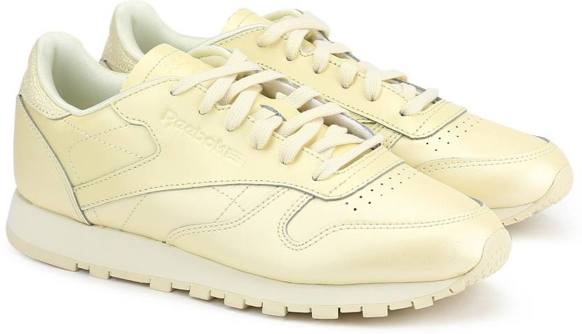 REEBOK CLASSICS CL LTHR Running Shoes For Women - Buy WASHED YELLOW ... 89d8c8f91