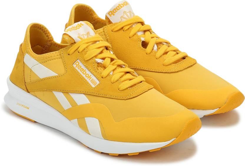 REEBOK CLASSICS CL NYLON SP Running Shoes For Women - Buy FIERCE ... 5da9fa181