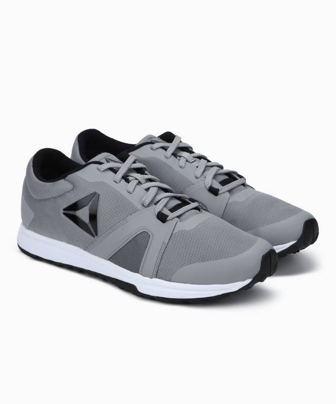 d3cfe8ceada REEBOK REEBOK MIGHTY TRAINER Sneakers For Men - Buy REEBOK REEBOK ...