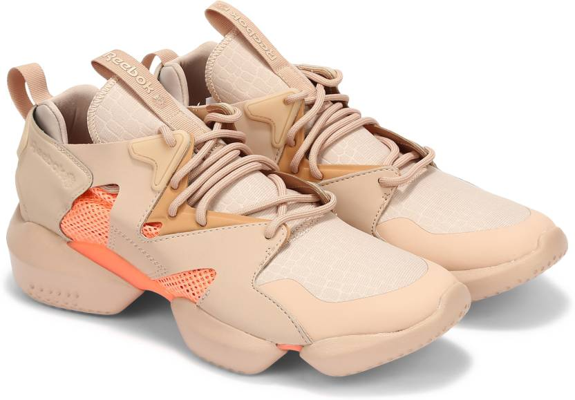 8461e3322b3 REEBOK CLASSICS 3D OP. LITE Running Shoes For Men - Buy REEBOK ...