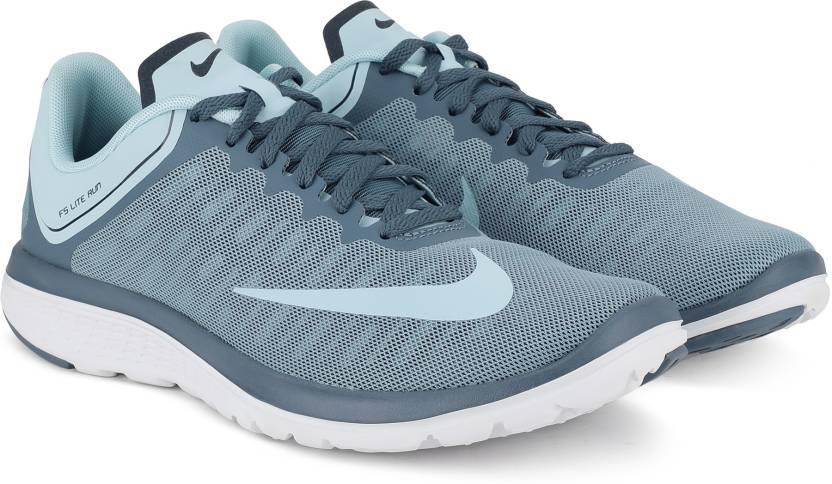 buy popular 7a625 81d84 Nike WMNS FS LITE RUN 4 Running Shoes For Women - Buy Nike ...