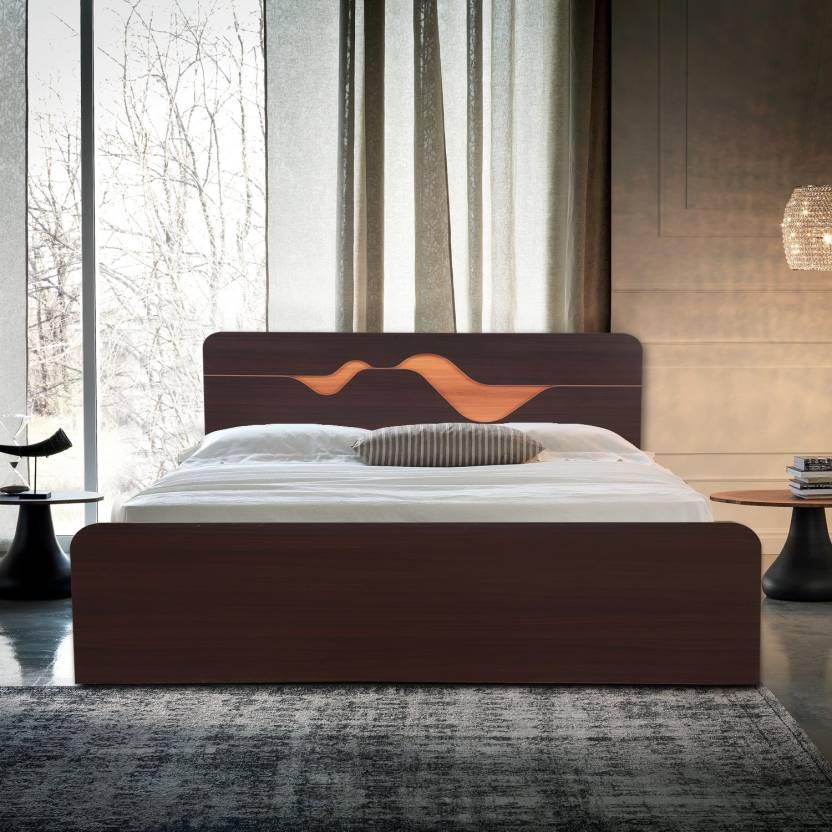 HomeTown Engineered Wood King Bed Finish Color   Denever Oak
