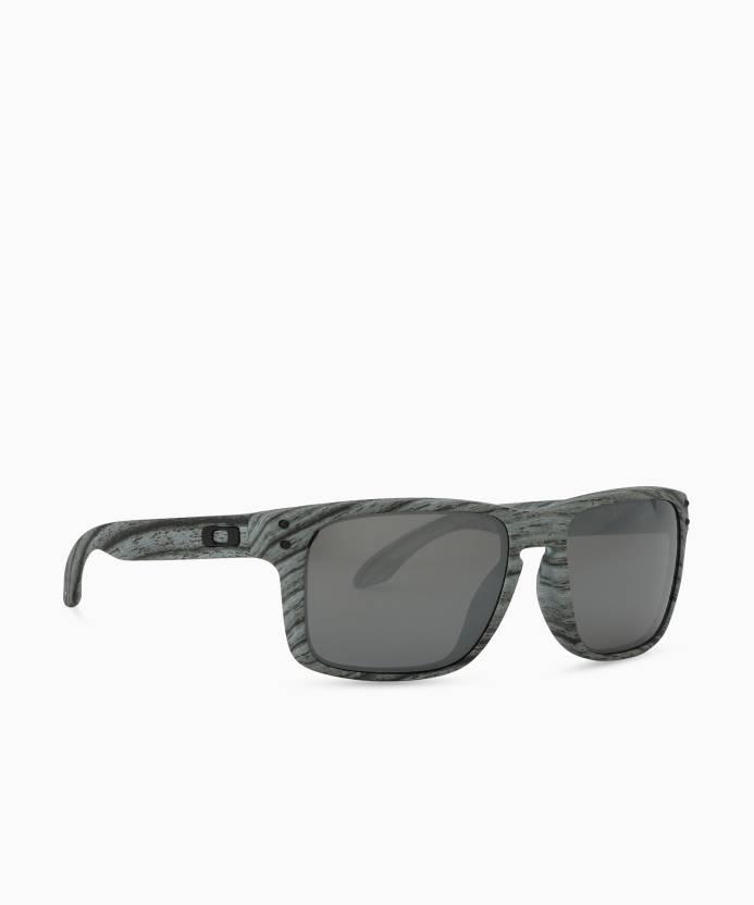 84b454efc4904 Buy Oakley Retro Square Sunglass Black For Men   Women Online   Best ...
