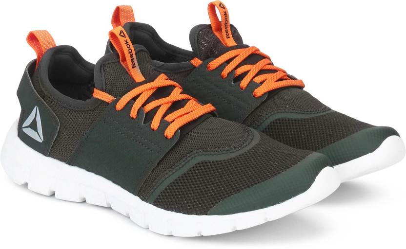 low priced ca5bd 88e31 REEBOK HURTLE WALK LP Running Shoes For Men (Green)
