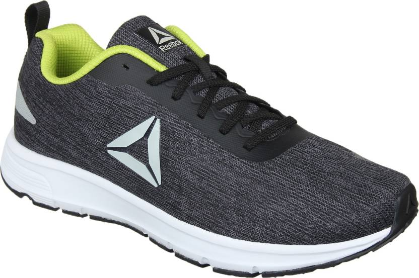 bab0c652412096 REEBOK Distance Strike Running Shoes For Men - Buy REEBOK Distance ...