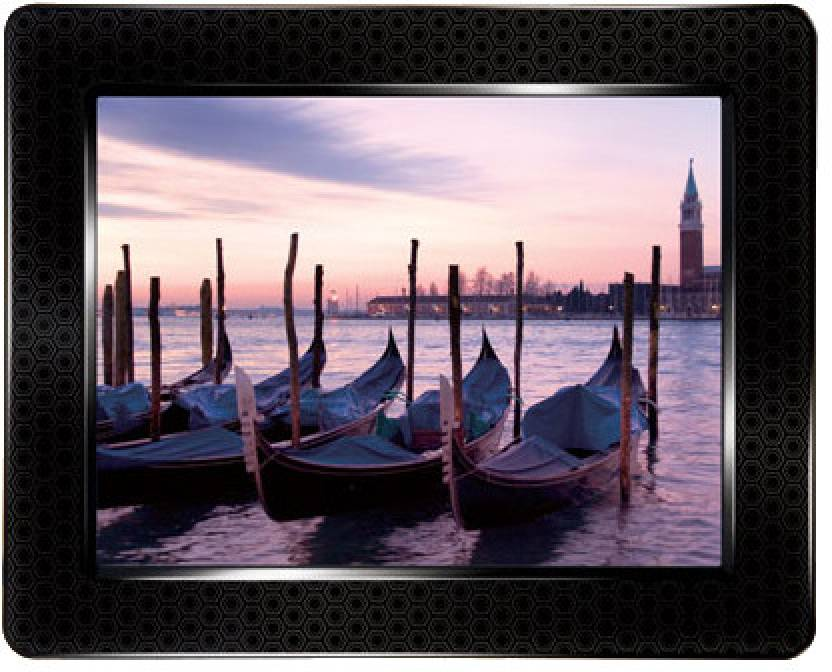 Transcend PF830 (4 GB) 8 inch Digital Photo Frame