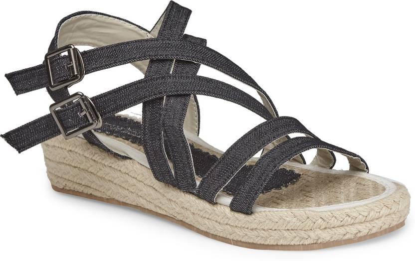 6772fe96fca Larissa   Bella Women Black Wedges - Buy Black Color Larissa   Bella Women  Black Wedges Online at Best Price - Shop Online for Footwears in India ...