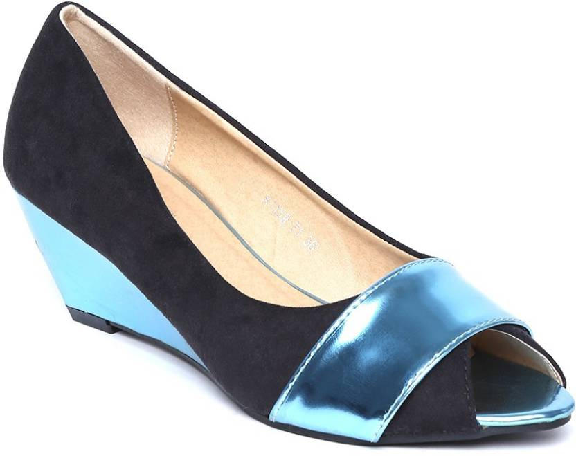 4935b9e229ff31 Dressberry Women BLACK BLUE Wedges - Buy BLACK BLUE Color Dressberry ...