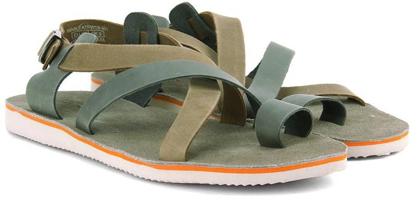 5ceeb7a198081 United Colors of Benetton Men 901 Sports Sandals - Buy BLACK BROWN ...