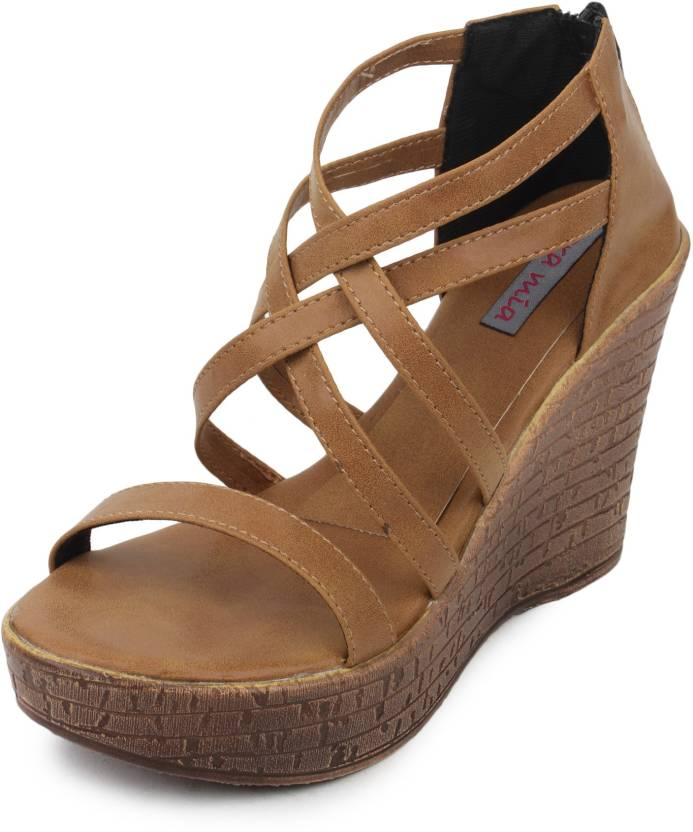 Cara Mia Women Brown Wedges
