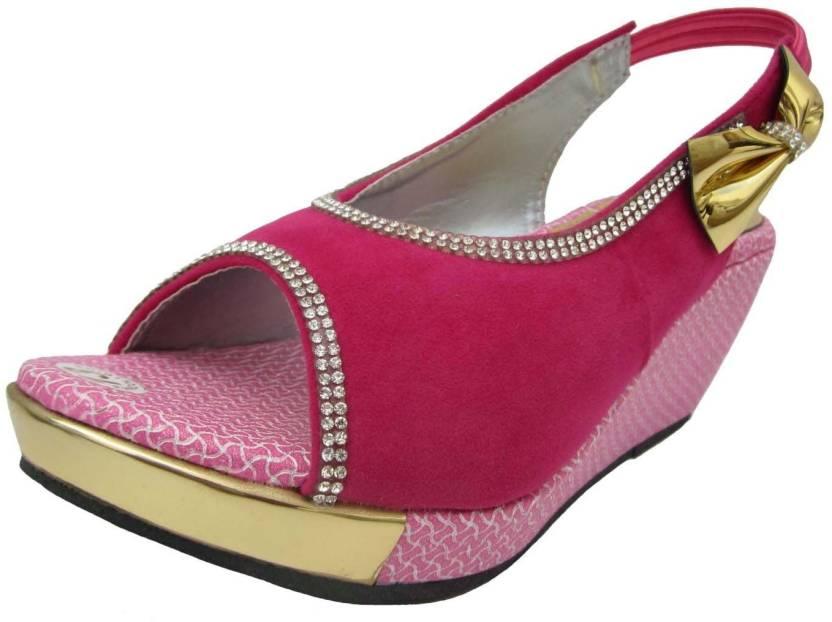 f61b41cbd Rangoli Baby Girls Pink Sandals - Buy pink Color Rangoli Baby Girls Pink  Sandals Online at Best Price - Shop Online for Footwears in India |  Flipkart.com