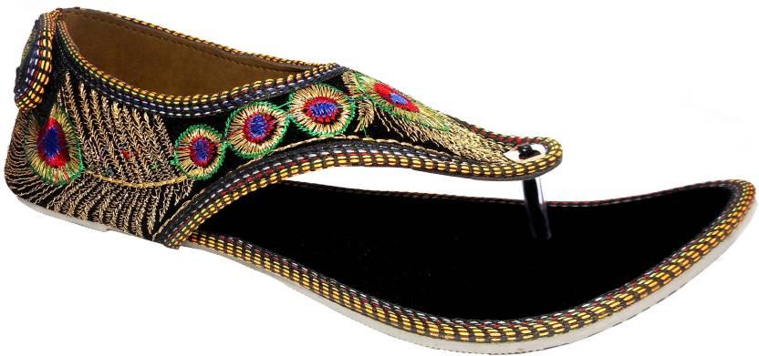 60800eb829d Kanchan Women Black Flats - Buy Black Color Kanchan Women Black Flats Online  at Best Price - Shop Online for Footwears in India