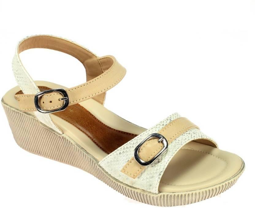 Khadim\'s Women Beige Heels - Buy Beige Color Khadim\'s Women Beige ...