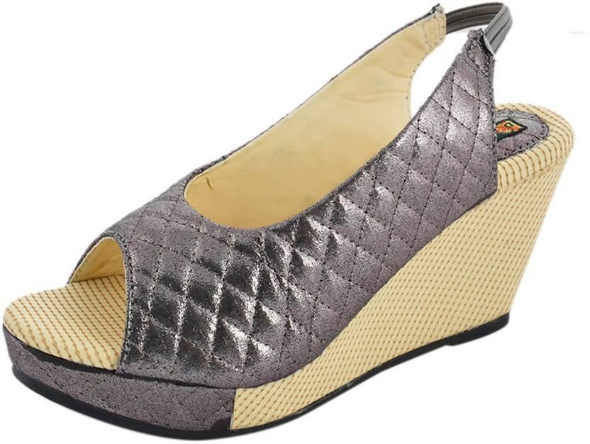 1b9b15364bc Kanchan Women Brown Wedges - Buy Brown Color Kanchan Women Brown Wedges  Online at Best Price - Shop Online for Footwears in India