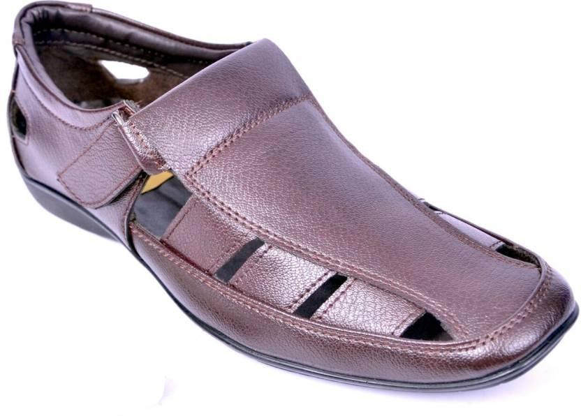 e06c3469efd9 Peponi Men Brown Sandals - Buy Brown Color Peponi Men Brown Sandals Online  at Best Price - Shop Online for Footwears in India