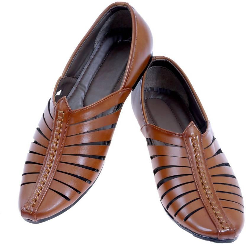 2Dost Men Tan Sandals