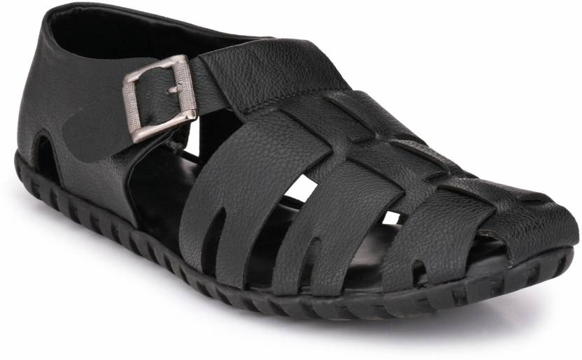 ad7feffd2033 Peponi Men Black Sandals - Buy Peponi Men Black Sandals Online at Best Price  - Shop Online for Footwears in India