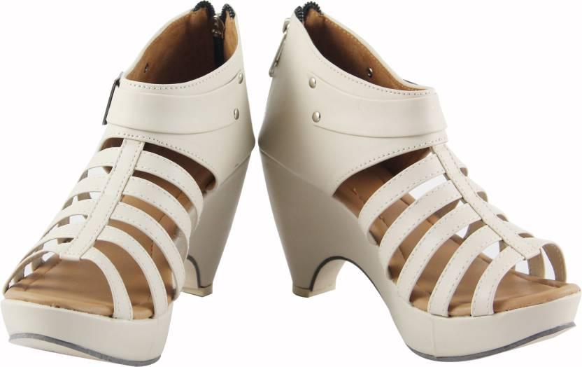 Upto 65% Off On Women's Sandals By Flipkart | Cute Fashion Women Beige, Cream Heels @ Rs.499