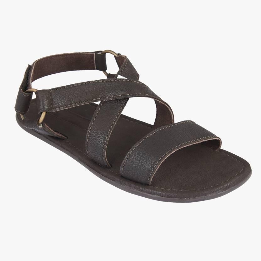 a4c29d0e880 ESTD. 1977 Men Brown Sandals - Buy Brown Color ESTD. 1977 Men Brown Sandals  Online at Best Price - Shop Online for Footwears in India