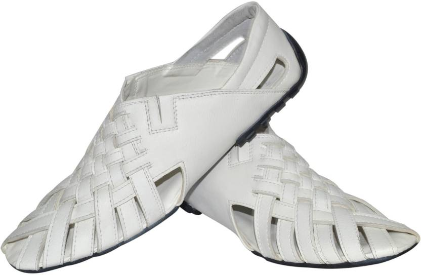 online store 95a88 5685d Strive Men White Sandals - Buy White Color Strive Men White Sandals Online  at Best Price - Shop Online for Footwears in India   Flipkart.com