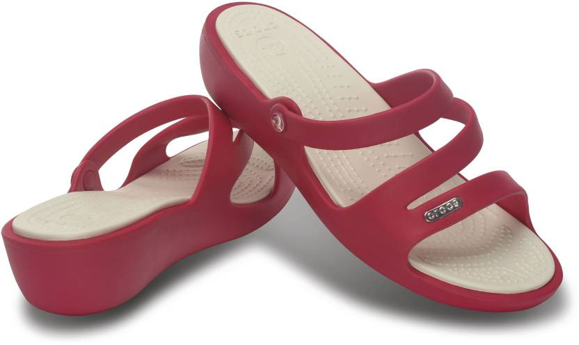 4fd545f299b8 Crocs Women Raspberry Oyster Wedges - Buy Crocs Women Raspberry Oyster  Wedges Online at Best Price - Shop Online for Footwears in India