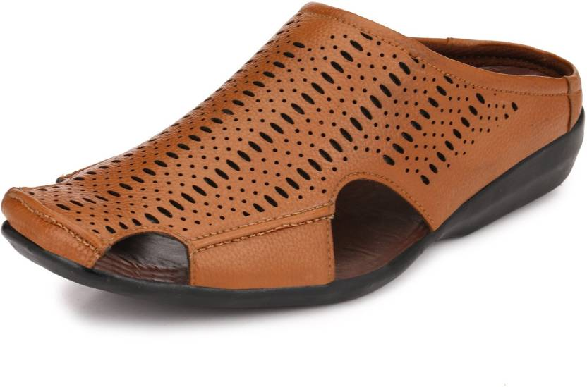 a9403a2ffe32 Peponi Men Tan Sandals - Buy Peponi Men Tan Sandals Online at Best Price -  Shop Online for Footwears in India