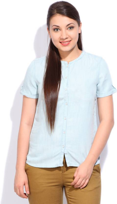 Levi's Women's Solid Casual Light Blue Shirt