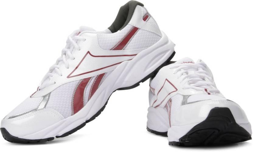 d86beb90c07 REEBOK Luxor Lp Running Shoes For Men - Buy White