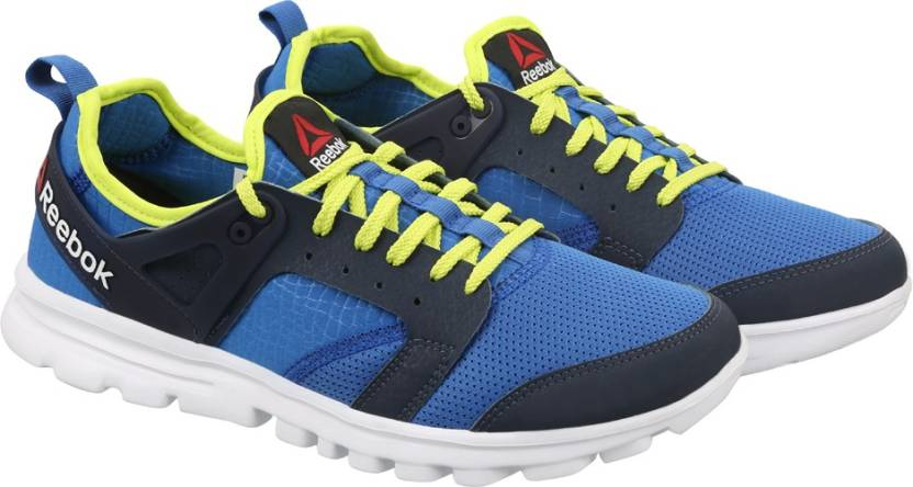 8b7b4f7dddda REEBOK AMAZE RUN Running Shoes For Men (Blue)